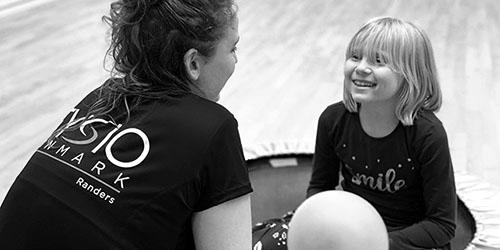 Børnebehandling | FysioDanmark Randers | Cecilie