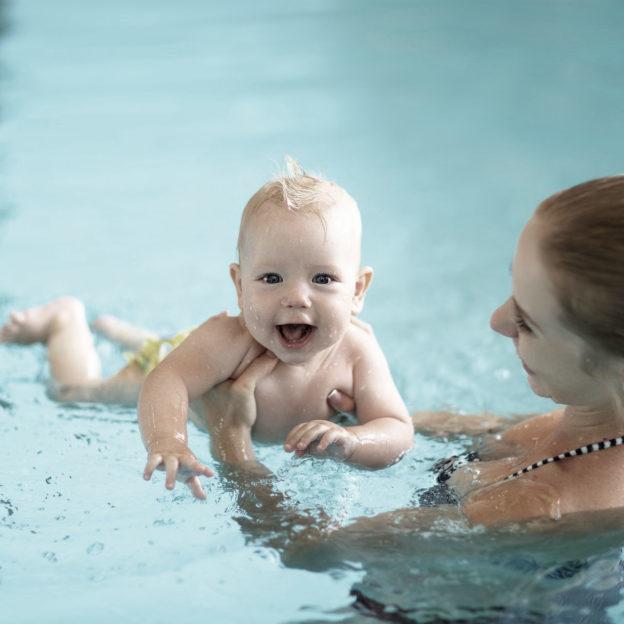 Efterfødselstræning i bassin | FysioDanmark Randers