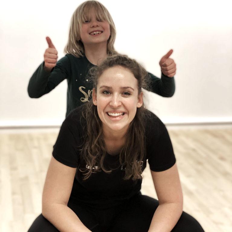 Børnebehandling   FysioDanmark Randers   Cecilie